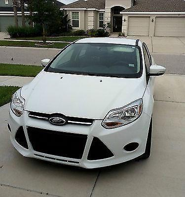2014 Ford Focus SE Sedan 4-Door 2.0L