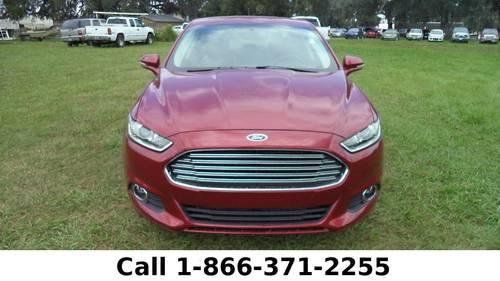 2014 Ford Fusion SE - Leather Seats - Touch Screen