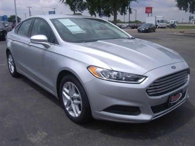 2014 ford fusion sedan se for sale in lubbock texas classified. Black Bedroom Furniture Sets. Home Design Ideas