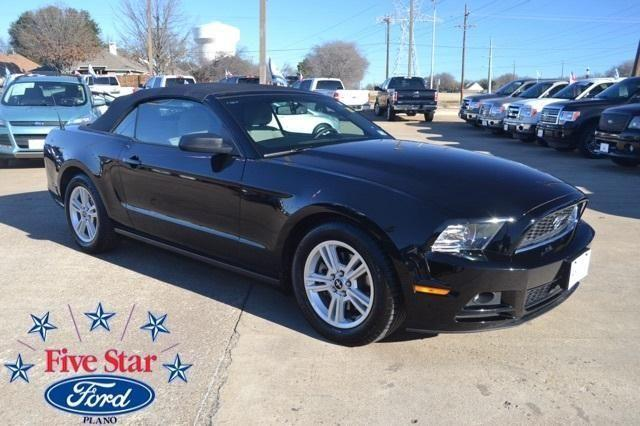 2014 ford mustang 2d convertible v6 for sale in plano texas classified. Black Bedroom Furniture Sets. Home Design Ideas
