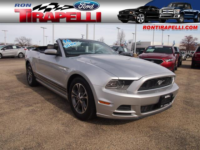 2014 ford mustang joliet il for sale in joliet illinois. Black Bedroom Furniture Sets. Home Design Ideas