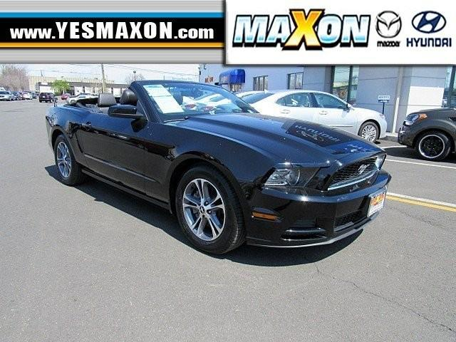 2014 ford mustang v6 2dr convertible for sale in chestnut new jersey classified. Black Bedroom Furniture Sets. Home Design Ideas