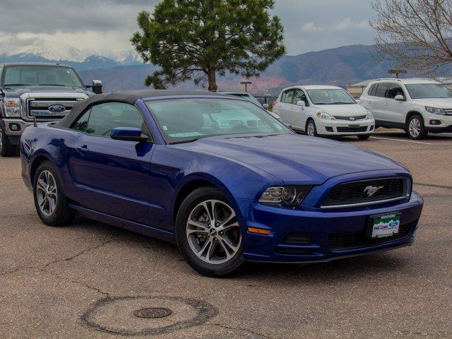 2014 ford mustang v6 v6 2dr convertible for sale in colorado springs colorado classified. Black Bedroom Furniture Sets. Home Design Ideas