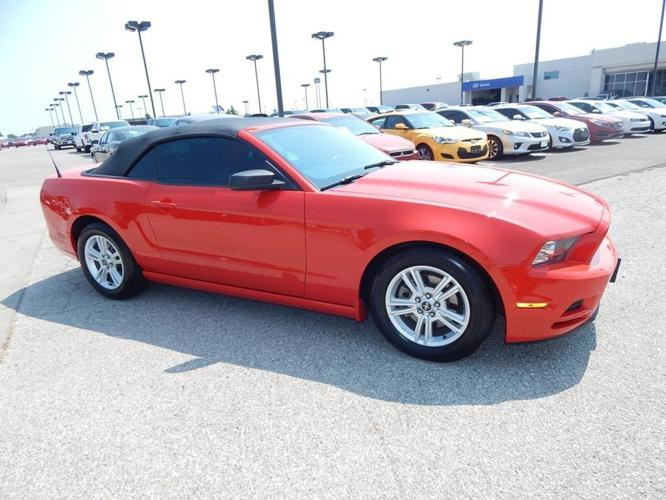 2014 ford mustang v6 v6 2dr convertible for sale in norman oklahoma classified. Black Bedroom Furniture Sets. Home Design Ideas