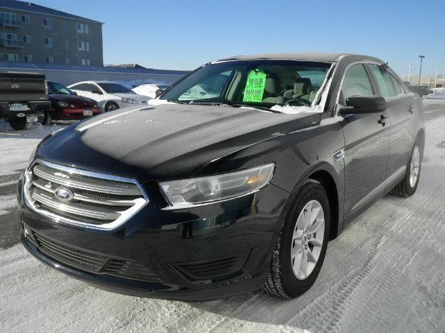 2014 Ford Taurus 4dr Front-wheel Drive Sedan SE SE