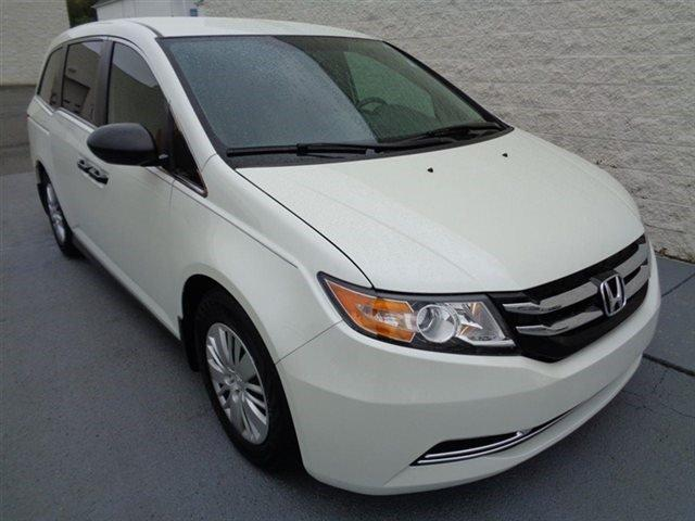2014 honda odyssey lx hickory nc for sale in hickory north carolina classified. Black Bedroom Furniture Sets. Home Design Ideas