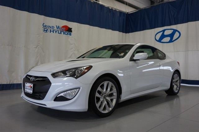 2014 Hyundai Genesis Coupe 2.0T 2.0T 2dr Coupe 8A