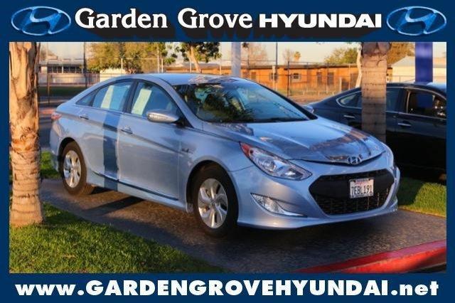 2014 Hyundai Sonata Hybrid Base 4dr Sedan For Sale In