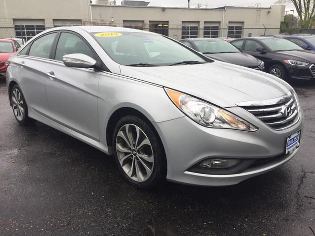 2014 hyundai sonata limited 2 0t limited 2 0t 4dr sedan for sale in fairfield connecticut. Black Bedroom Furniture Sets. Home Design Ideas