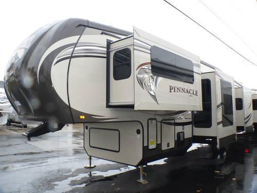 2014 Jayco Pinnacle 38flfs Fifth Wheel 5 Slides Front