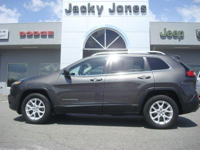 2014 jeep cherokee latitude 4x4 latitude 4dr suv for sale in hayesville north carolina. Black Bedroom Furniture Sets. Home Design Ideas