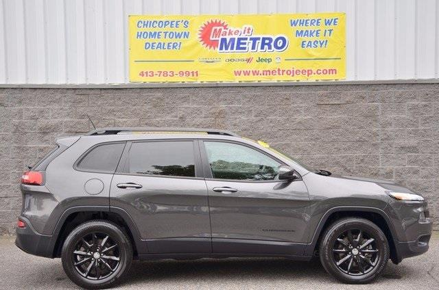 2014 jeep cherokee latitude 4x4 latitude 4dr suv for sale in chicopee massachusetts classified. Black Bedroom Furniture Sets. Home Design Ideas