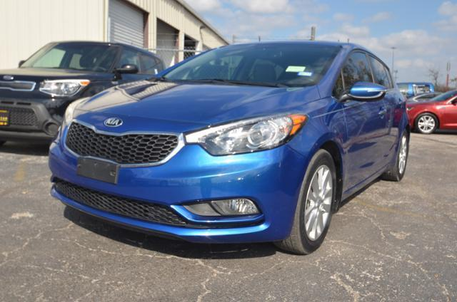 2014 kia forte5 ex ex 4dr hatchback for sale in balcones heights texas classified. Black Bedroom Furniture Sets. Home Design Ideas