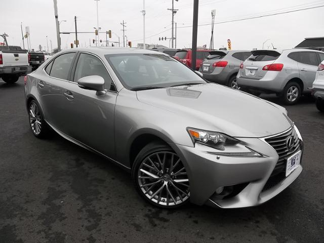 2014 lexus is 250 awd 4dr sedan for sale in peru illinois classified. Black Bedroom Furniture Sets. Home Design Ideas