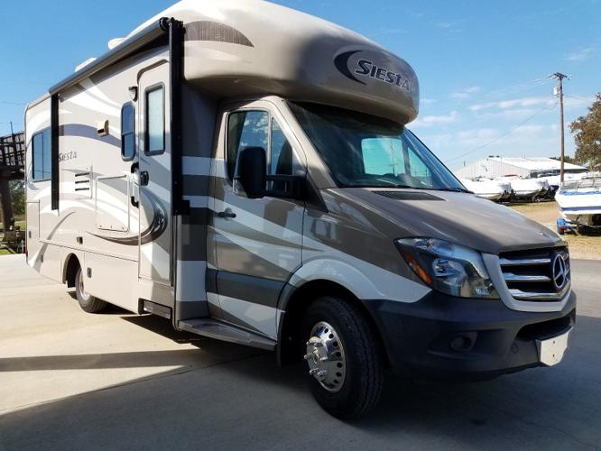2014 Mercedes Thor Motor Coach 4 Winds Siesta M-24ST
