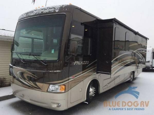 2014 Motor Home Class A Diesel Thor Motor Coach 2014