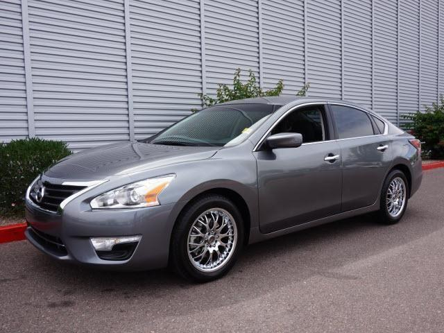 2014 nissan altima 2 5 s 4dr sedan for sale in mesa arizona classified. Black Bedroom Furniture Sets. Home Design Ideas