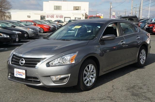2014 nissan altima 4dr car 2 5 s for sale in foxridge maryland classified. Black Bedroom Furniture Sets. Home Design Ideas
