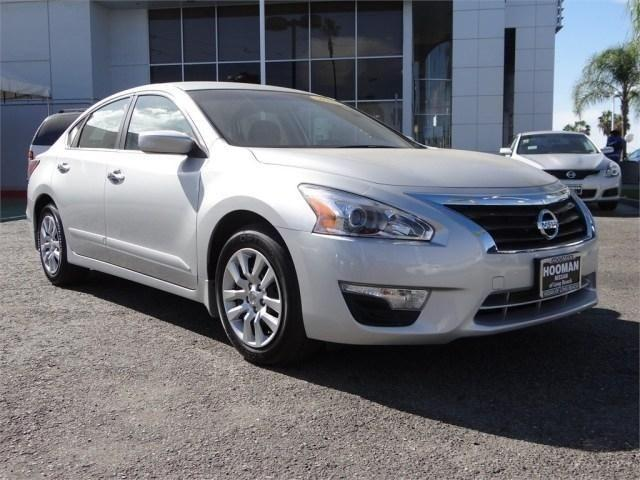 2014 nissan altima sedan 4dr sdn i4 2 5 s for sale in long beach california classified. Black Bedroom Furniture Sets. Home Design Ideas