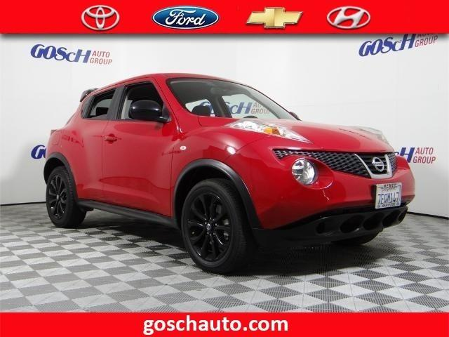 2014 Nissan JUKE S S 4dr Crossover