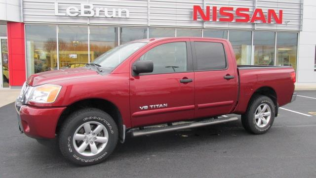 2014 nissan titan sv 4x4 sv 4dr crew cab swb pickup for sale in auburn new york classified. Black Bedroom Furniture Sets. Home Design Ideas