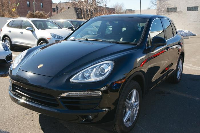2014 porsche cayenne for sale in freeport new york classified. Black Bedroom Furniture Sets. Home Design Ideas