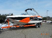 2014 Rinker 220 MTX EXTREME PACKAGE