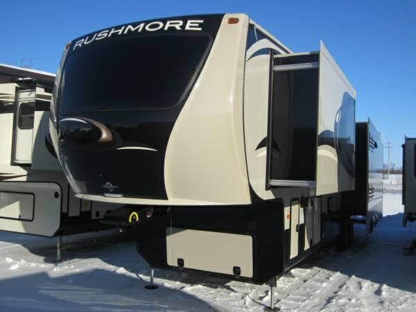 2014 Rushmore Franklin 39 Luxury Fifth Wheel For Sale