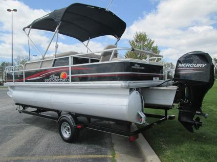 2014 sun tracker 22 fishin barge w 90hp merc and a matching trailer for sale in chicago. Black Bedroom Furniture Sets. Home Design Ideas