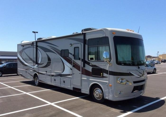 2014 Thor Motor Coach Hurricane 34e For Sale In Braham