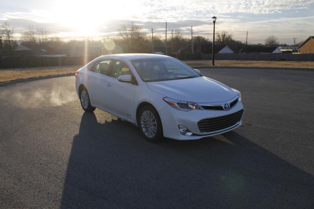 2014 Toyota Avalon Hybrid XLE Touring XLE Touring 4dr