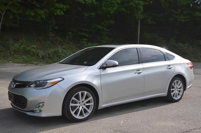2014 toyota avalon sedan limited for sale in naugatuck. Black Bedroom Furniture Sets. Home Design Ideas