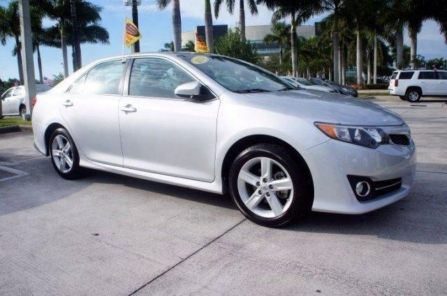 2014 toyota camry 4dr car xle for sale in miami florida classified. Black Bedroom Furniture Sets. Home Design Ideas