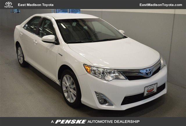 2014 toyota camry hybrid sedan xle sedan for sale in madison wisconsin classified. Black Bedroom Furniture Sets. Home Design Ideas