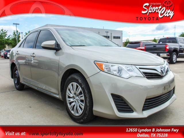 2014 toyota camry se se 4dr sedan for sale in dallas texas classified. Black Bedroom Furniture Sets. Home Design Ideas