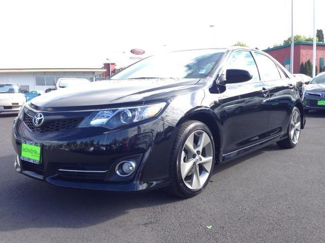 2014 toyota camry se sport 1 owner clean carfax toyota certified for sale in seattle washington. Black Bedroom Furniture Sets. Home Design Ideas