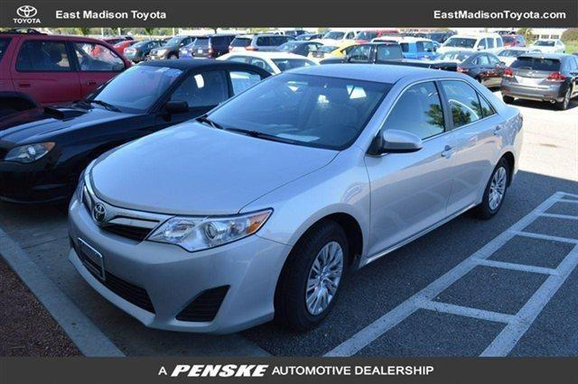 2014 toyota camry sedan 4dr fwd le sedan for sale in madison wisconsin classified. Black Bedroom Furniture Sets. Home Design Ideas