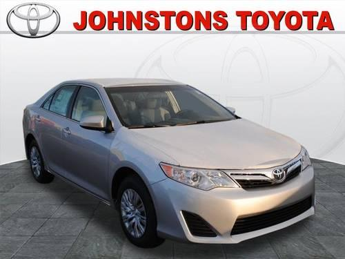2014 toyota camry sedan le for sale in new hampton new york classified. Black Bedroom Furniture Sets. Home Design Ideas