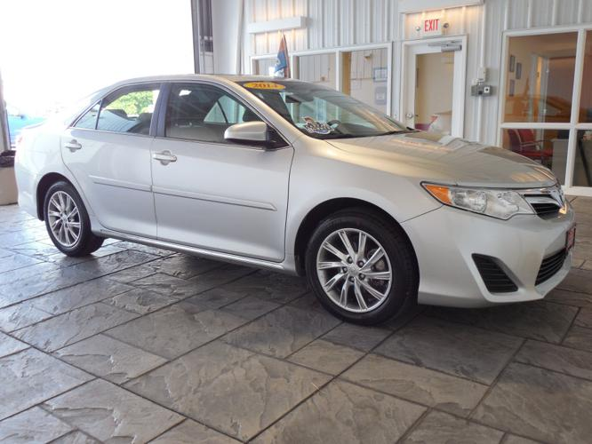 2014 toyota camry xle 4dr sedan 2014 5 for sale in findlay ohio classified. Black Bedroom Furniture Sets. Home Design Ideas