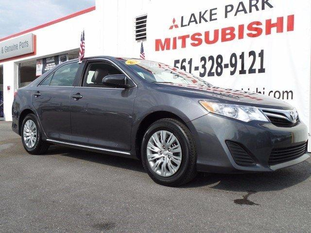 2014 toyota camry xle 4dr sedan 2014 5 for sale in west palm beach florida classified. Black Bedroom Furniture Sets. Home Design Ideas