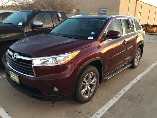 2014 toyota highlander xle xle 4dr suv for sale in rockwall texas classified. Black Bedroom Furniture Sets. Home Design Ideas