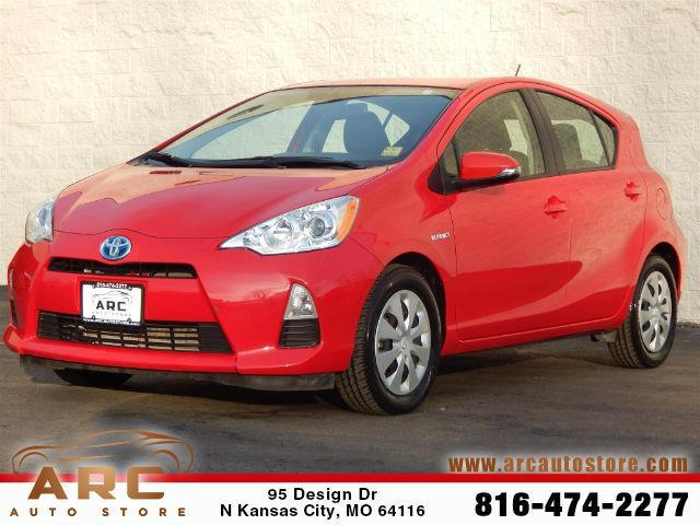 2014 toyota prius c one one 4dr hatchback for sale in kansas city missouri classified. Black Bedroom Furniture Sets. Home Design Ideas