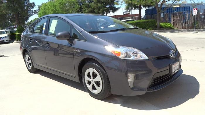 2014 toyota prius two two 4dr hatchback for sale in fresno california classified. Black Bedroom Furniture Sets. Home Design Ideas