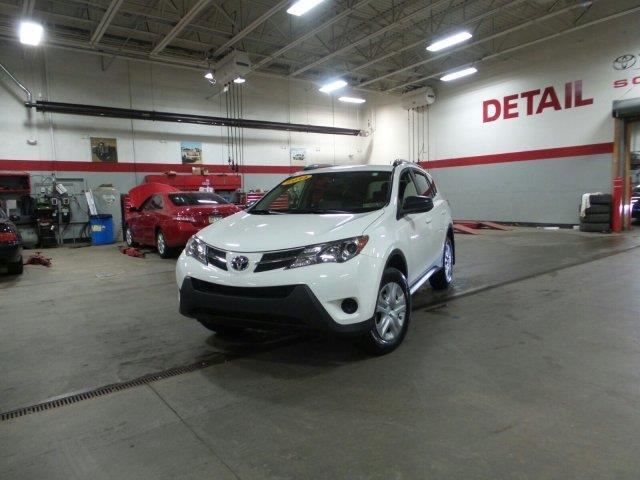 2014 Toyota RAV4 LE AWD LE 4dr SUV