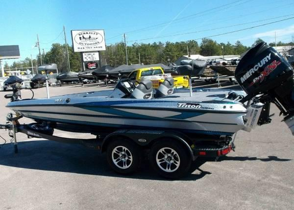 2014 triton 19xs mercury 225 pro xs for sale in moncks for Boat motors for sale in sc