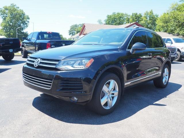 2014 volkswagen touareg tdi sport awd tdi sport 4dr suv w navigation for sale in liberty. Black Bedroom Furniture Sets. Home Design Ideas