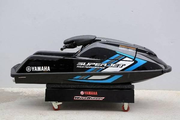 yamaha stand up jet ski