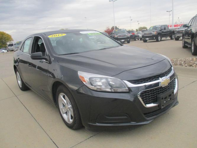2015 chevrolet malibu ls ls 4dr sedan for sale in dubuque iowa classified. Black Bedroom Furniture Sets. Home Design Ideas