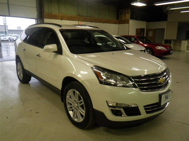 2015 chevrolet traverse lt lt 4dr suv w 1lt for sale in peru illinois classified. Black Bedroom Furniture Sets. Home Design Ideas