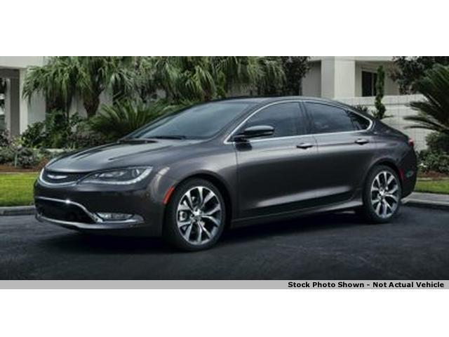 2015 chrysler 200 awd c 4dr sedan for sale in concord ohio classified. Black Bedroom Furniture Sets. Home Design Ideas